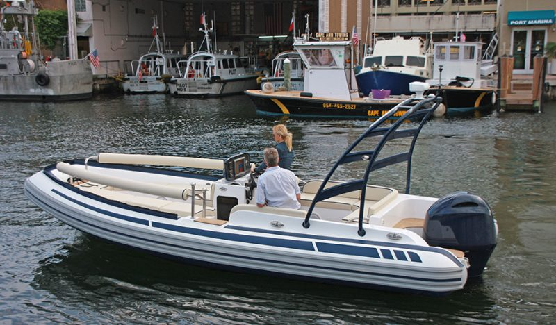 Tender per Yacht LX Serie 700, foto 1, Copyright © Novurania of America, Inc.